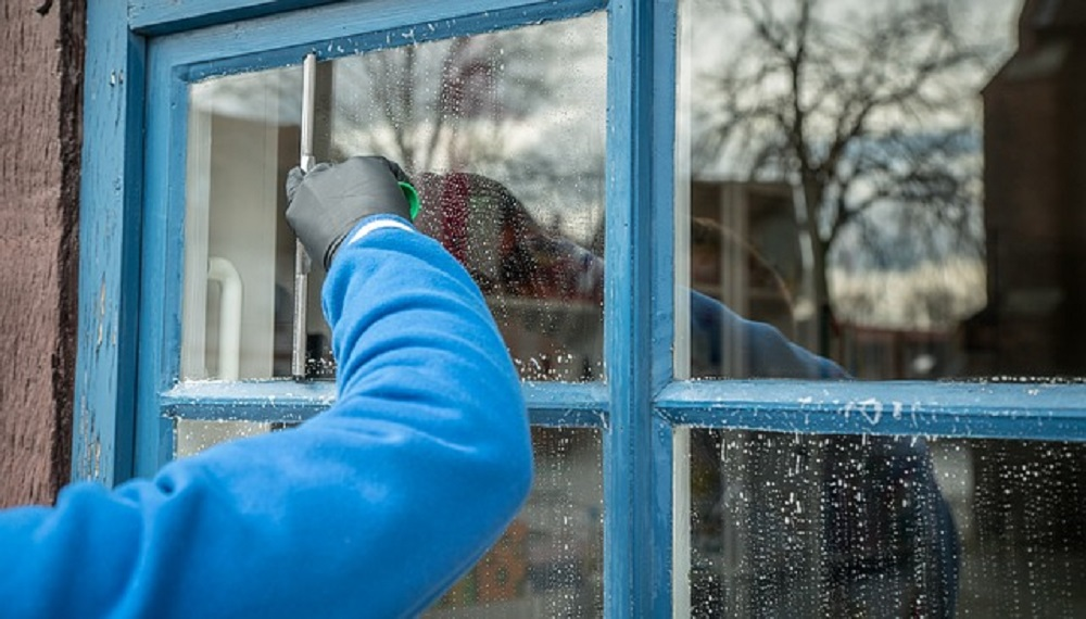 Window_Cleaning_for_home