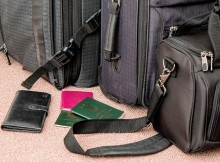 hand-baggage-on-flight