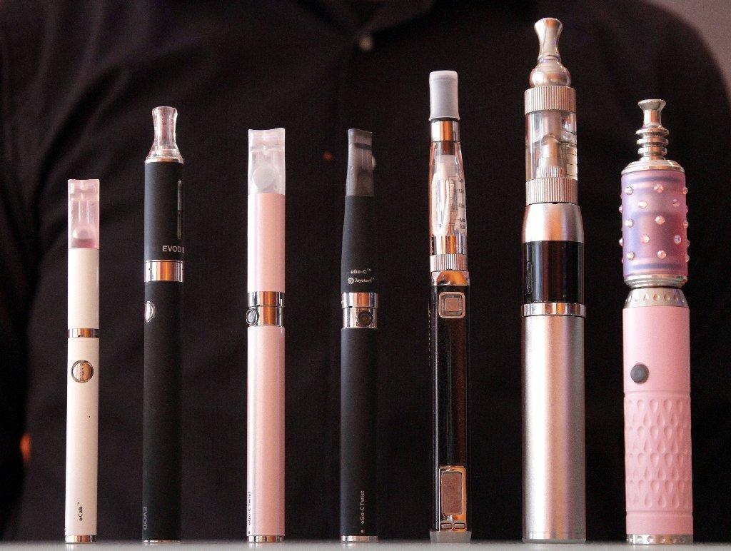 национальный женские электронные сигареты фото днем ангела